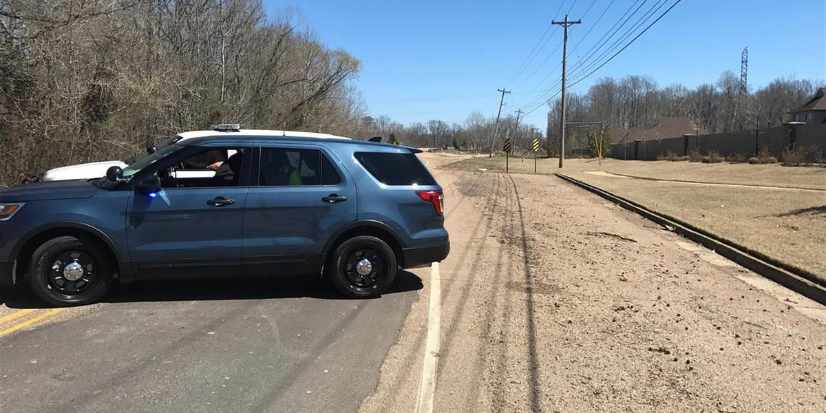 At least one person hurt in head-on crash on Walnut Grove
