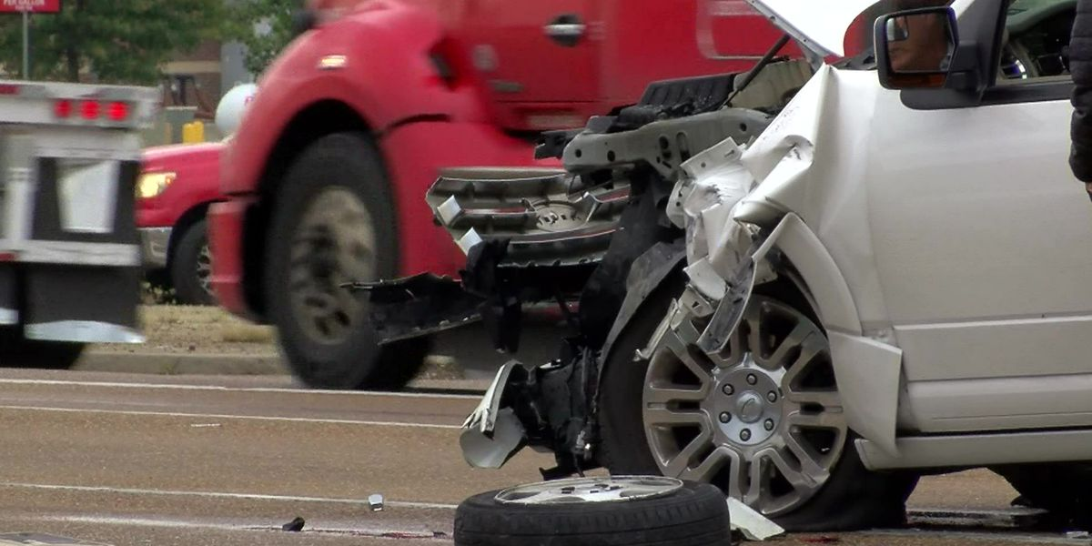 Do red light cameras make drivers safer?