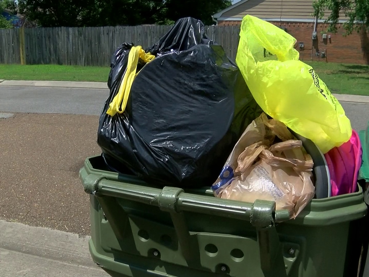 Cordova residents frustrated yet again with delays in trash pickup