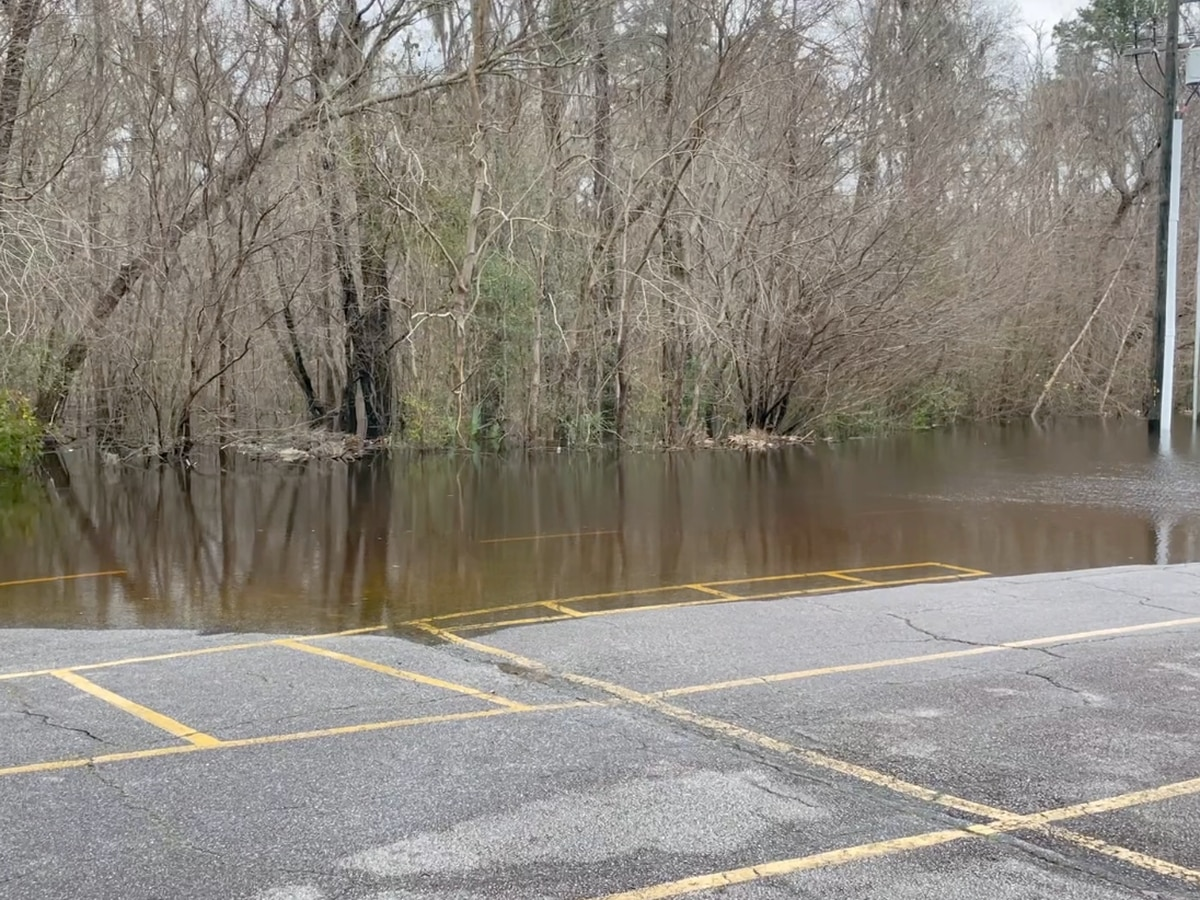 Breakdown: Why snow melt can cause flooding