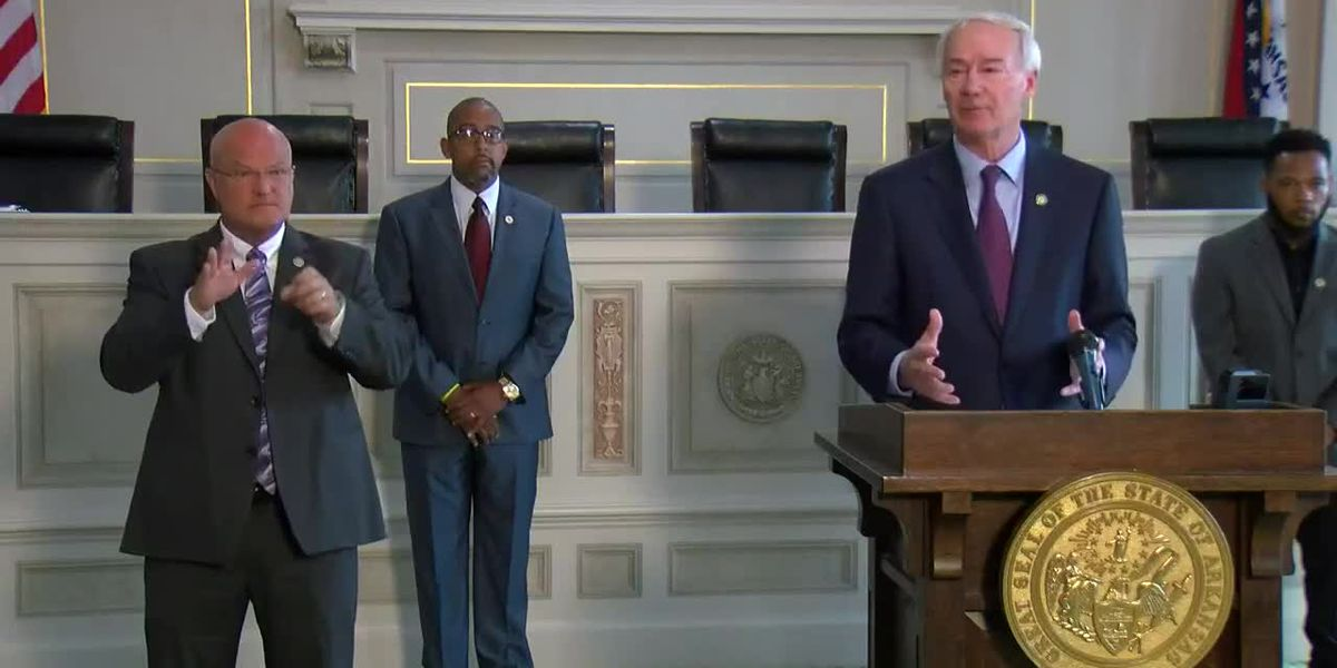 Arkansas governor signs executive order to begin statewide police task force