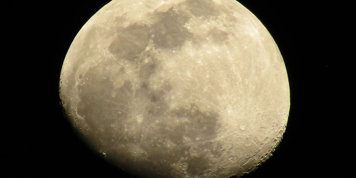 Breakdown: Why there are craters on the moon