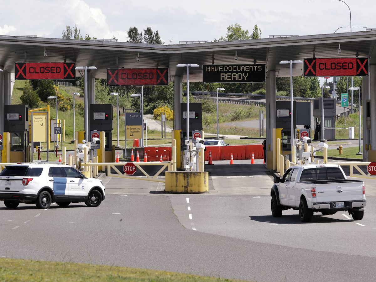 Canada, US poised to extend border restrictions to Aug. 21