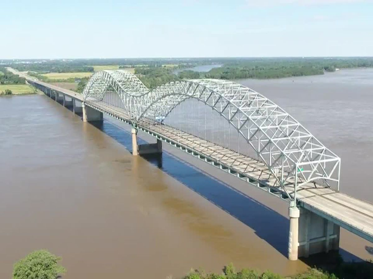More barges sit still on I-40 bridge awaiting timeline on reopening