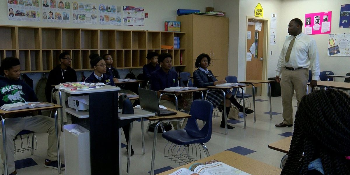 Mid-South teacher hypes students to achieve in a unique way