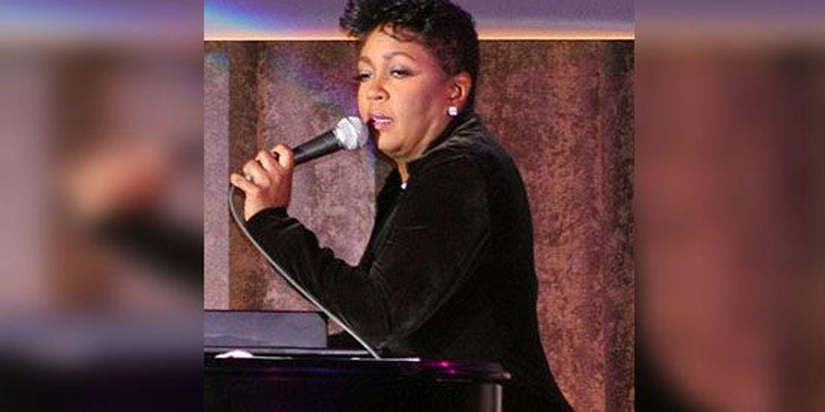 Singer Anita Baker comes out of retirement, announces farewell concert