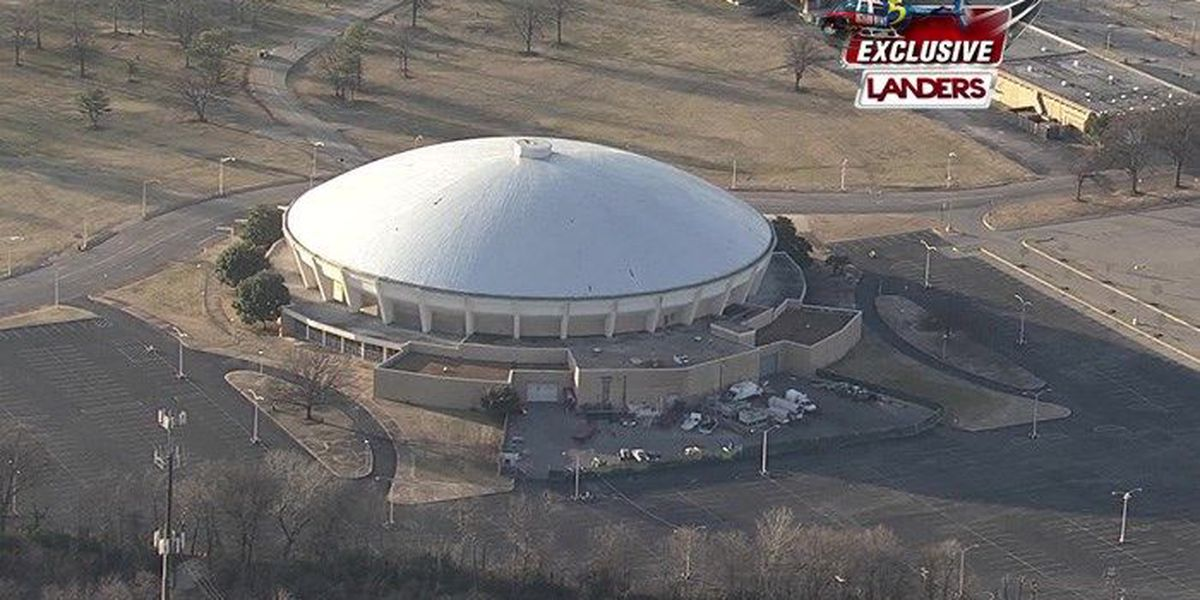 TONIGHT AT 5: Should the Mid-South Coliseum stay or go?
