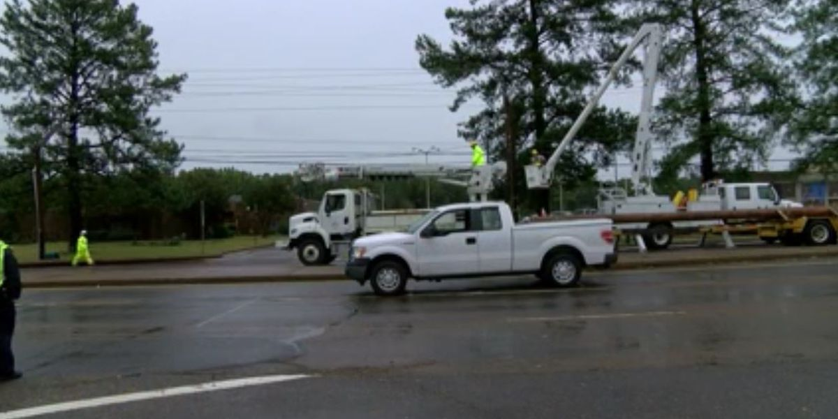 MLGW, City of Memphis crews preparing for the possibility of a stormy Tuesday evening