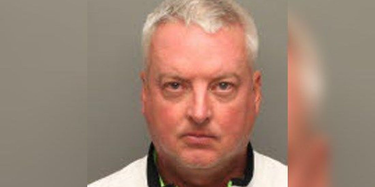 Sports broker indicted in $240K theft