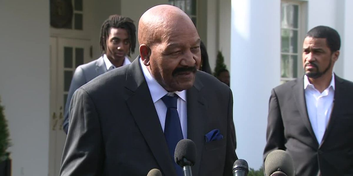 Jim Brown praises pardoned DeBartolo