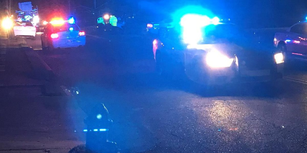 Person killed in South Memphis crash