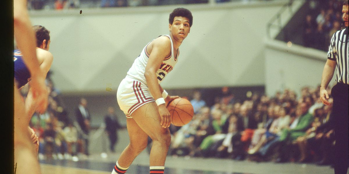 Statue to be built on campus to honor Memphis basketball legend
