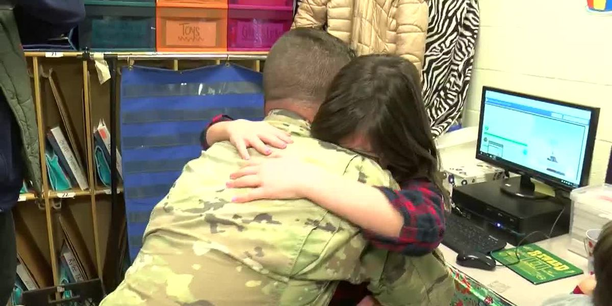 Desoto County soldier surprises daughter