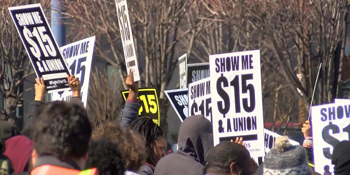Councilman pushes for $15 minimum wage for all city employees