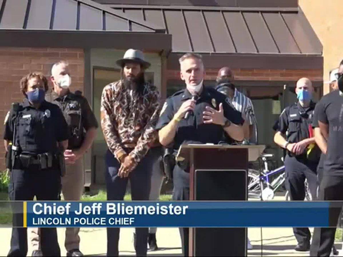 Nebraska police, community leaders agree to 'Hold Cops Accountable,' then dance together