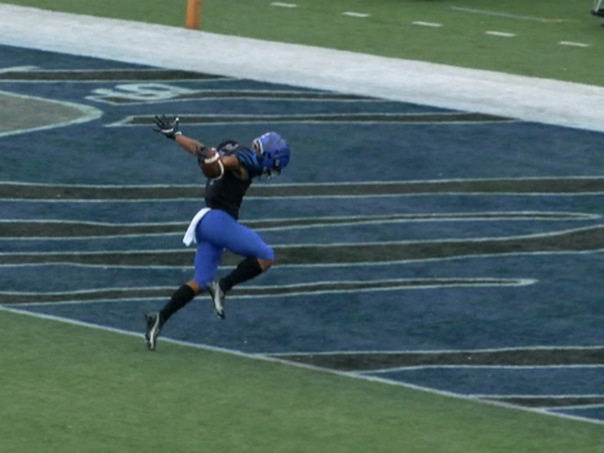 Calvin Austin III lives out childhood dream playing football for the Memphis Tigers