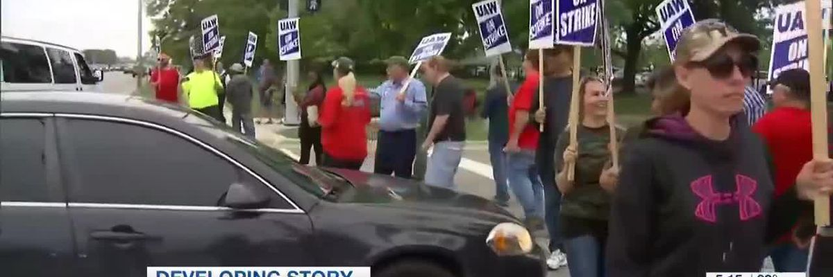 Day 29 of UAW union striking GM contacts