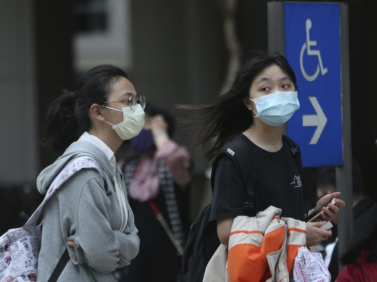 The Investigators: Will a face mask protect you from coronavirus?