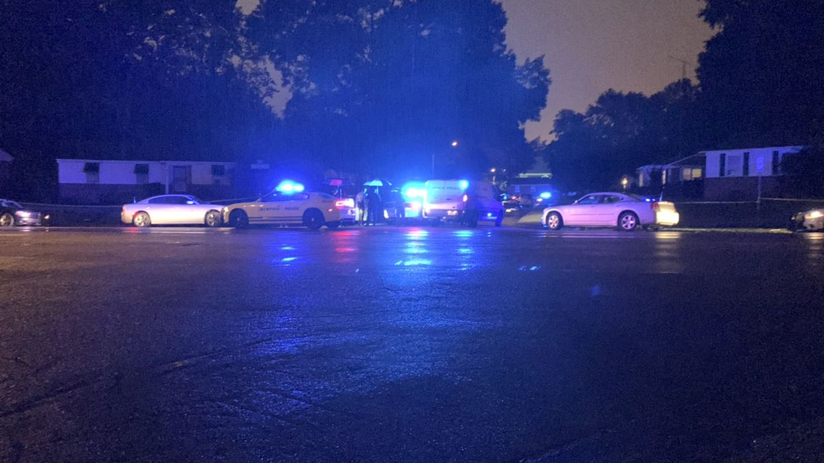 Man shot, killed in East Memphis; police searching for suspect