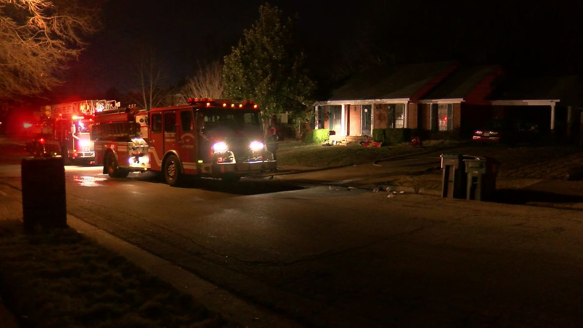 Man collapses during house fire