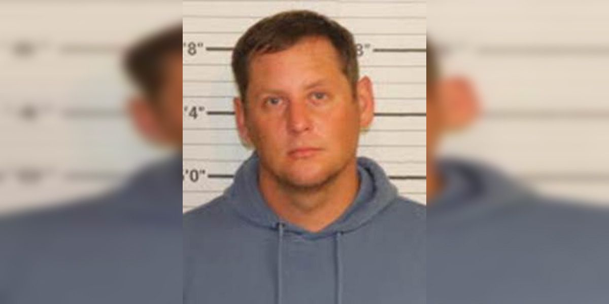 Former Shelby Co. deputy indicted on official oppression, assault charges