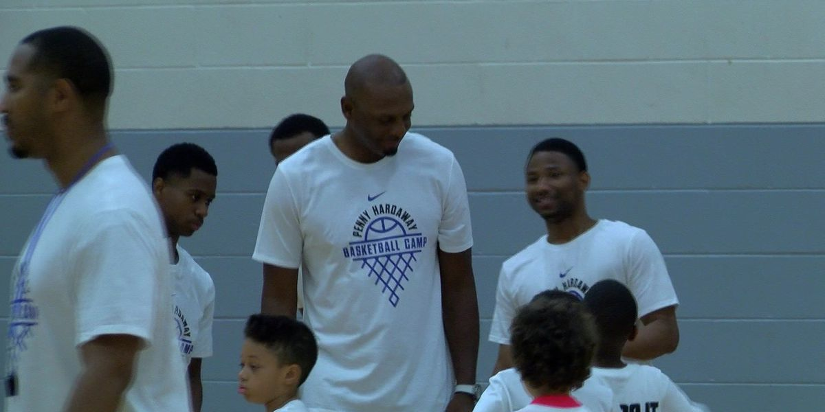 Hardaway, Tigers coach kids at summer camp