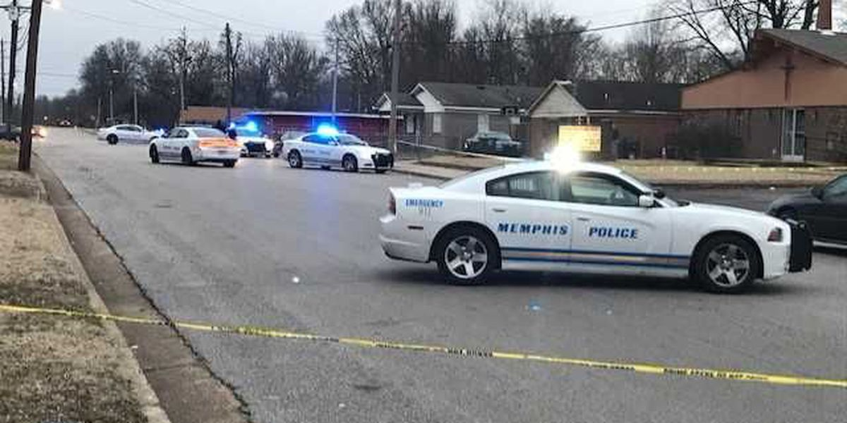 Man critical after shooting in southern Memphis