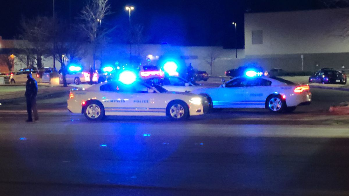 MPD searching for suspects in critical shooting on Winchester Rd.
