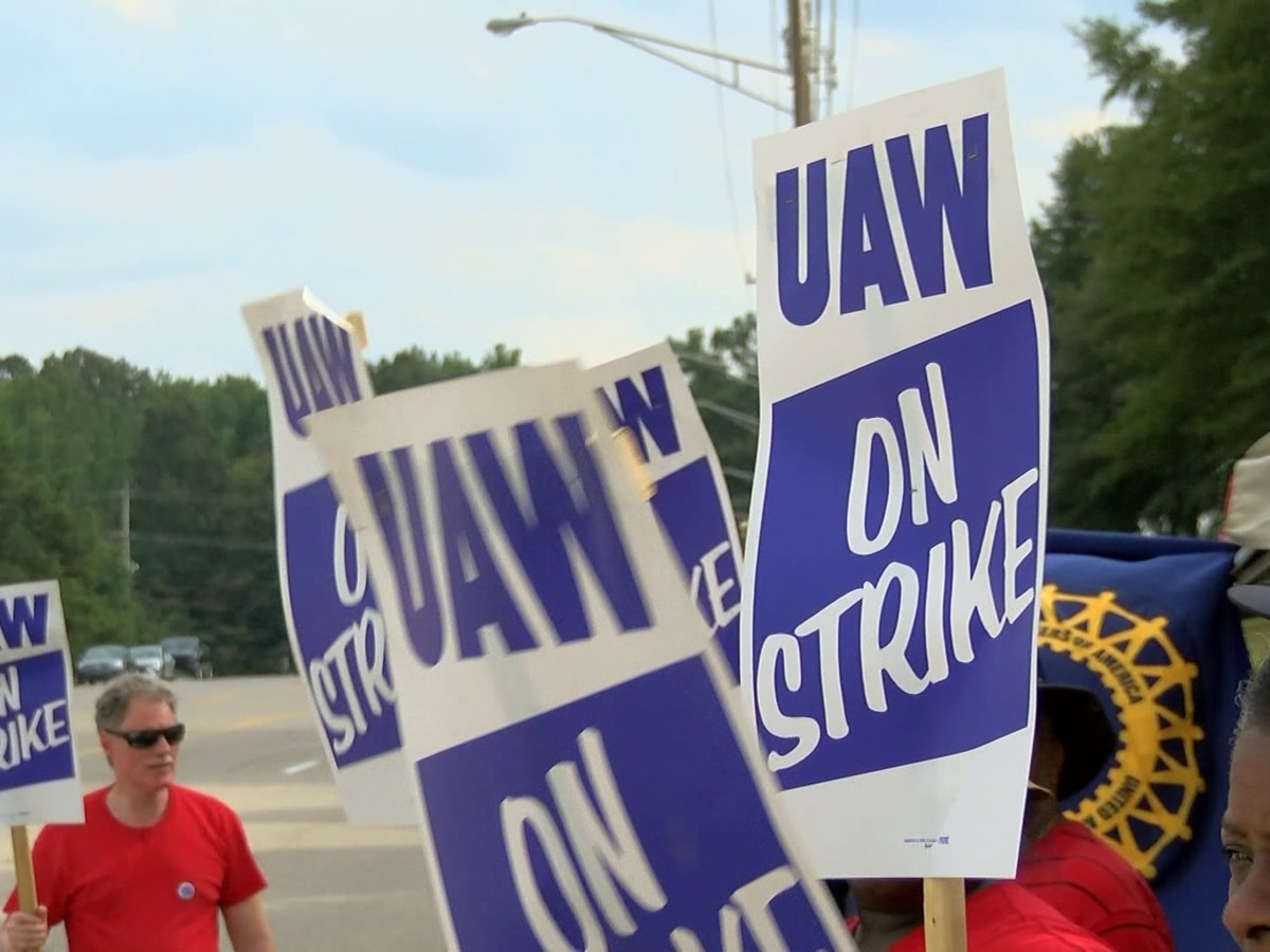 Local UAW strike against General Motors reaches one week