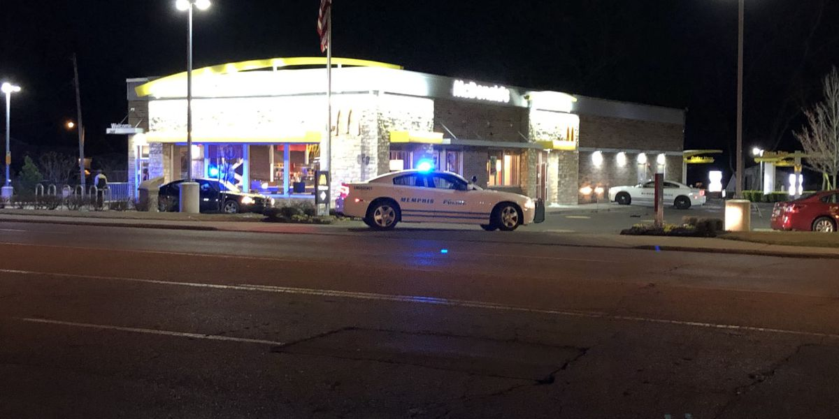 2 injured in McDonald's shooting; police searching for suspect