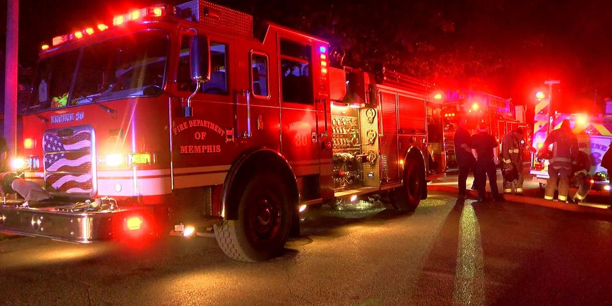 Early morning house fire destroys garage