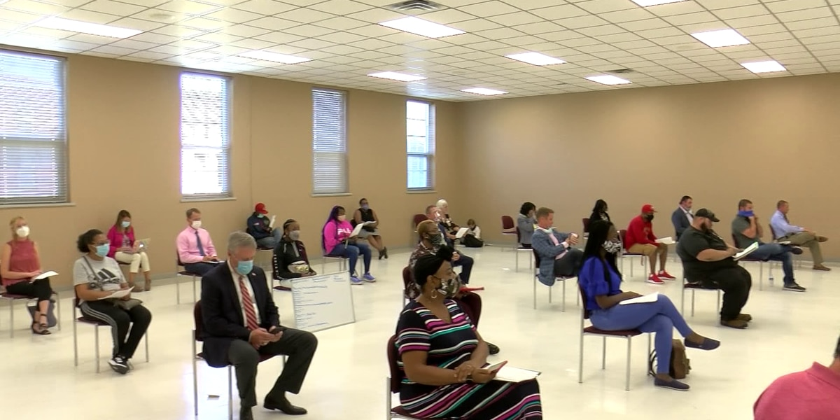 DeSoto County students, parents vent about virtual learning