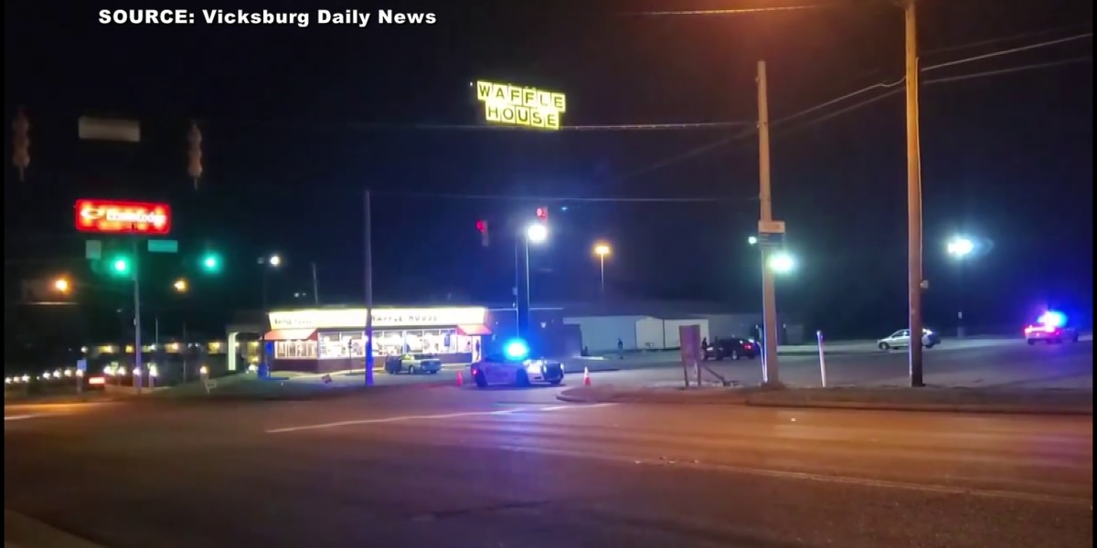 4 injured in shootout at Vicksburg Waffle House