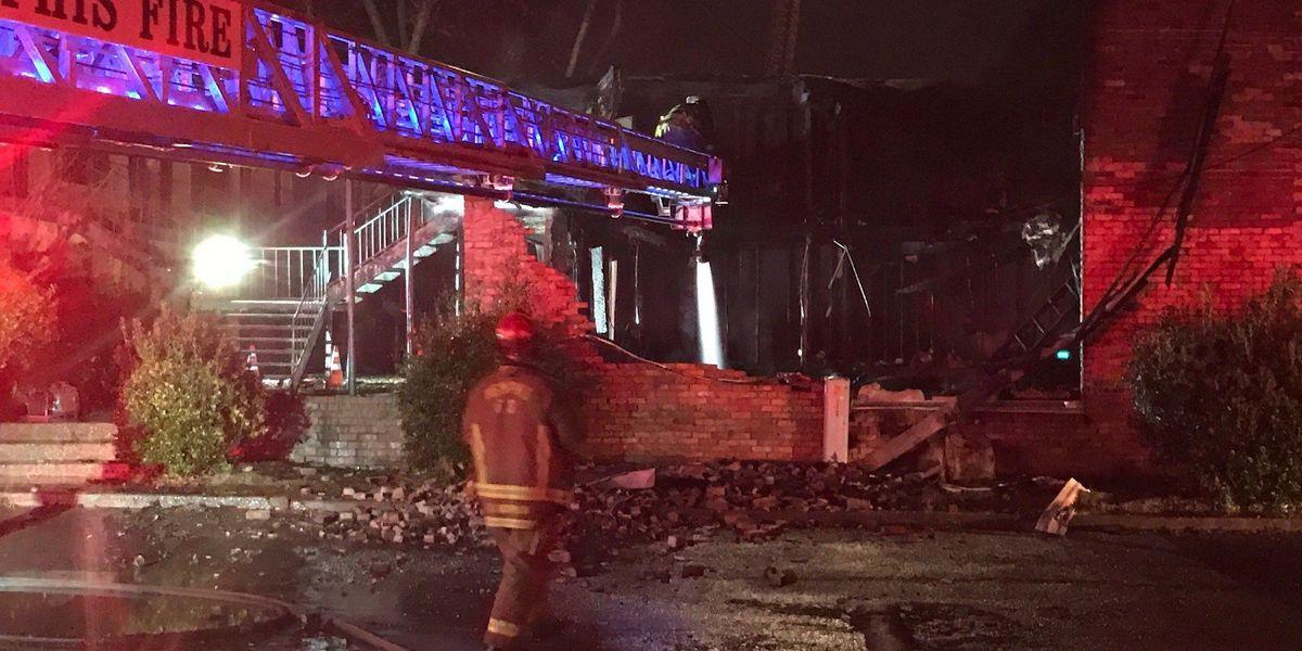 Fire destroys 2 buildings at Kimball Cabana Apartments