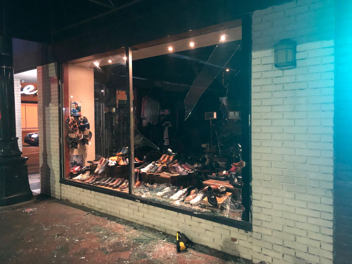 Hours-long protests leave some businesses damaged, National Guard and police respond in Downtown Memphis