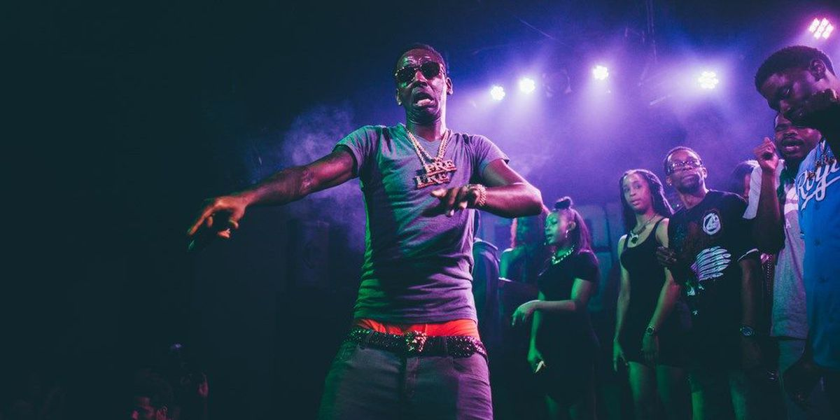 Young Dolph avoids arrest while group of friends arrested
