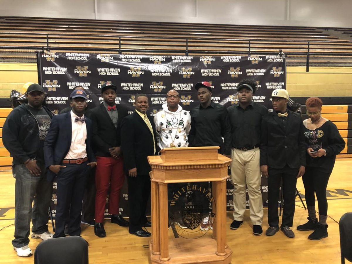 Five Whitehaven football players sign to Division I schools