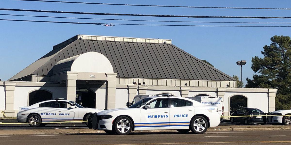 1 dead, 4 injured in club shooting