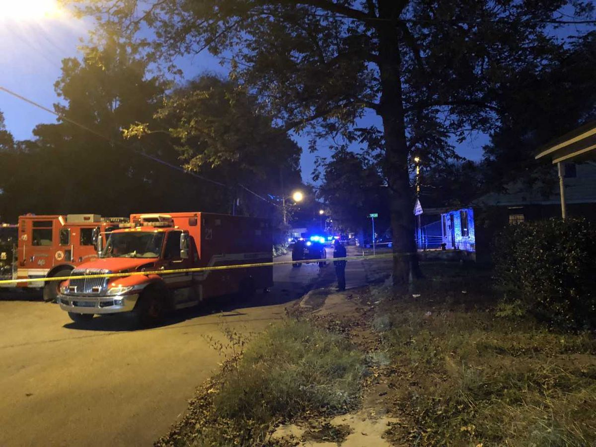 Search continues for murder suspect following barricade at central Memphis home