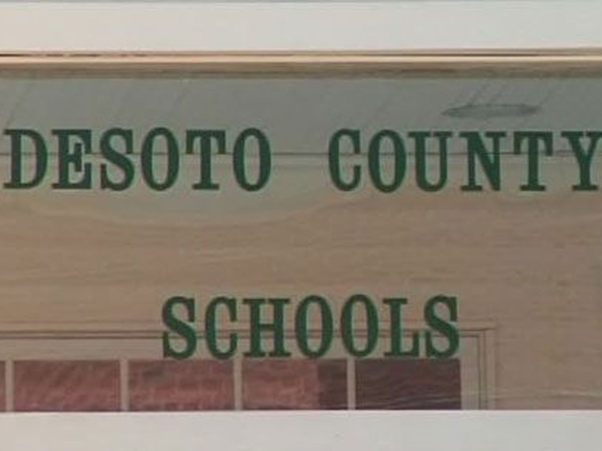 DeSoto County Schools set to start next week, students waitlisted for virtual learning devices