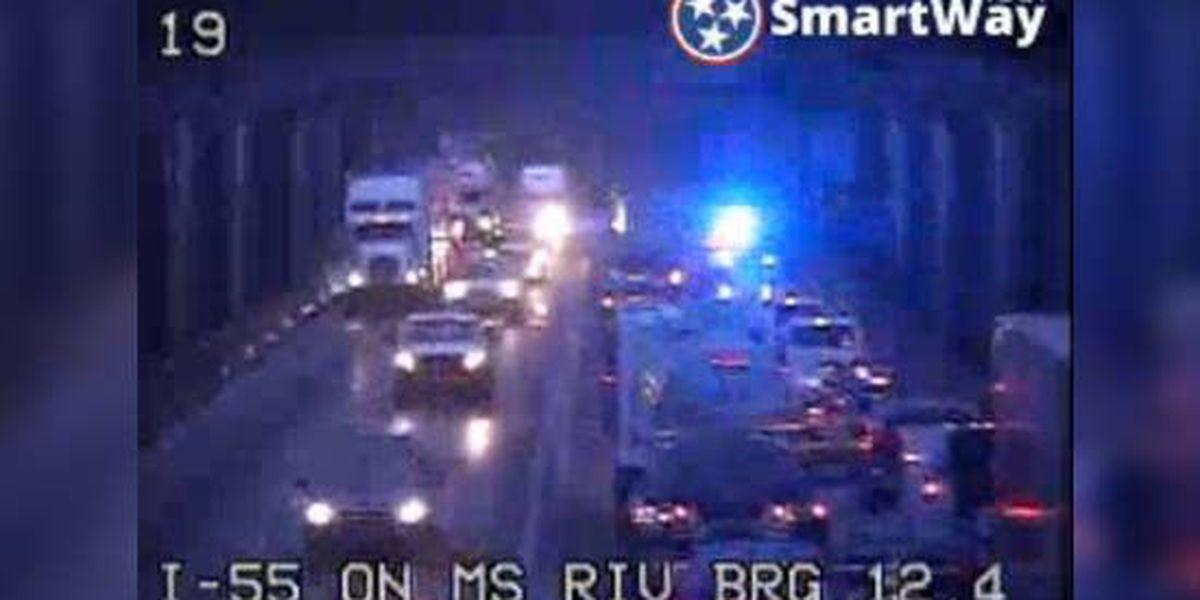 Crash shuts down southbound traffic on I-55 bridge