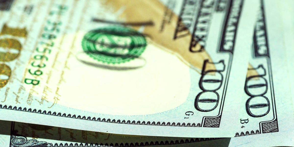 Best Life: Money mistakes that empty your wallet