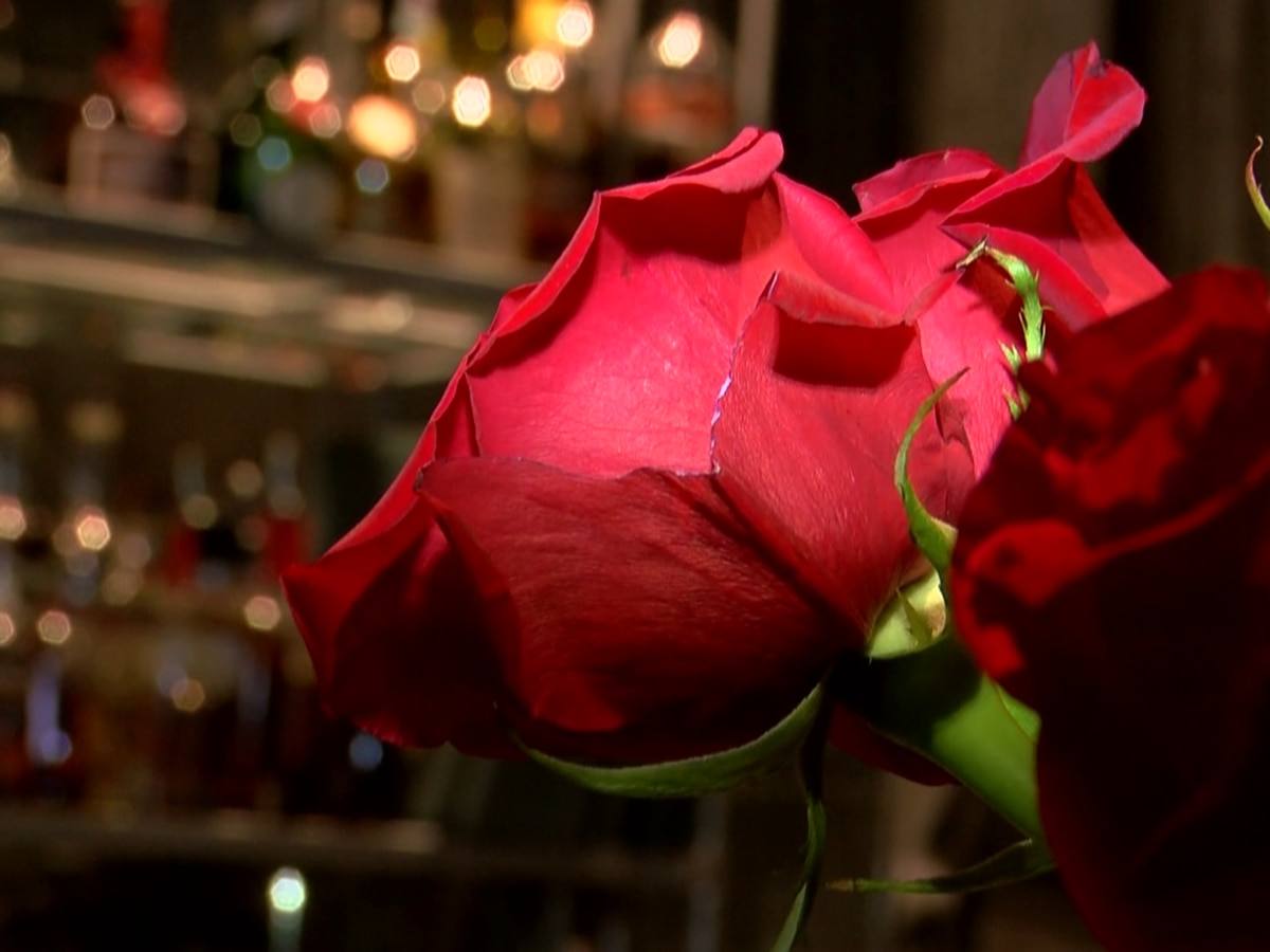 Local restaurants prepare for Valentine's crowd