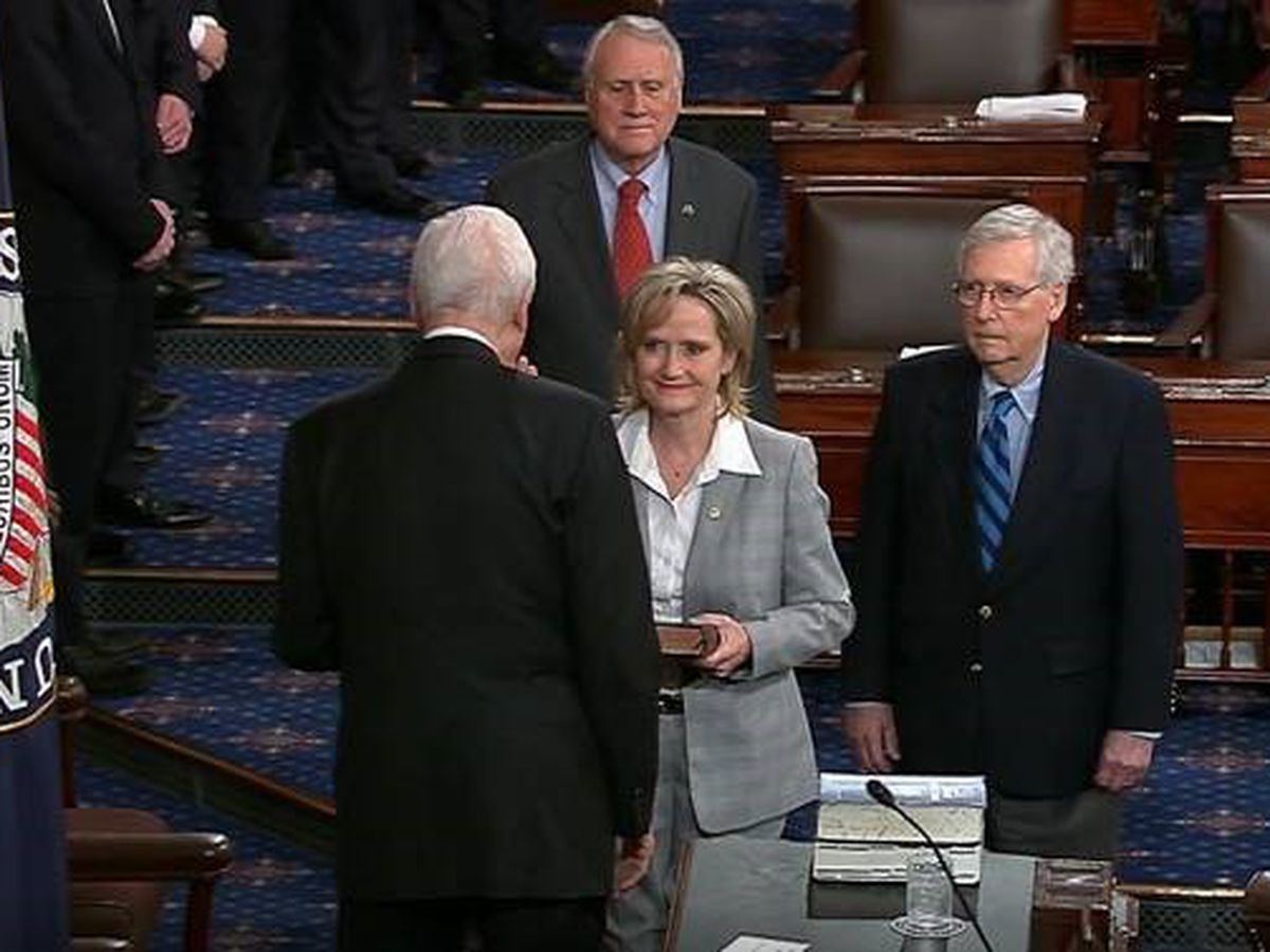 Sen. Cindy Hyde-Smith sworn in as Mississippi's 1st woman elected to Senate