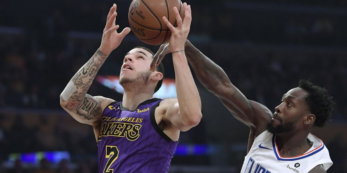 Lou's 36 send Clips past Lakers 118-107 in 1st clash of year