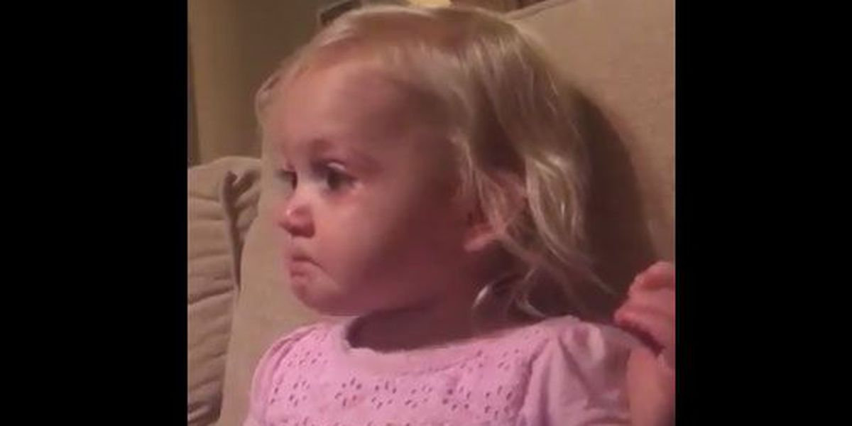 2-year-old crying at 'The Good Dinosaur' is equal parts adorable, heartbreaking