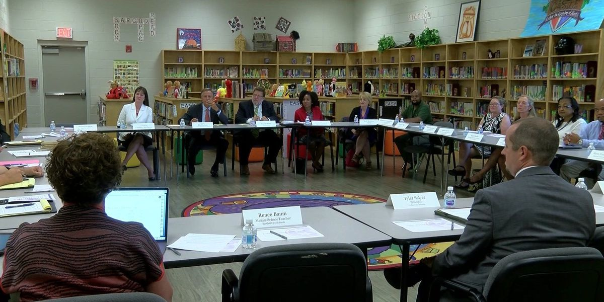 Gov. Haslam hears from educators in Collierville about TNReady testing