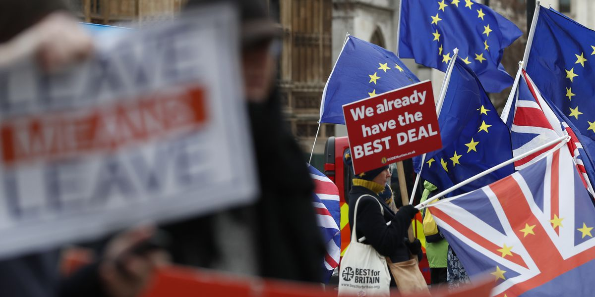 UK ramps up 'no-deal' Brexit preparations amid impasse
