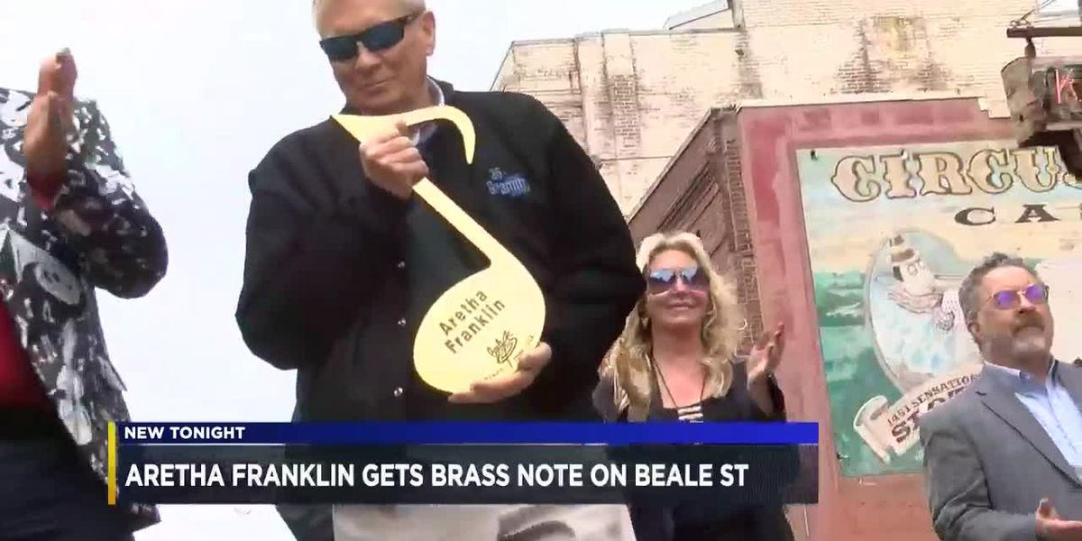 Aretha Franklin gets brass note on Beale St.