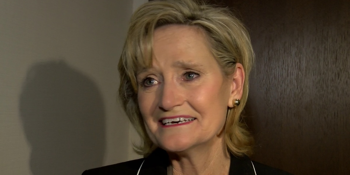 Cindy Hyde-Smith becomes first female senator of Mississippi